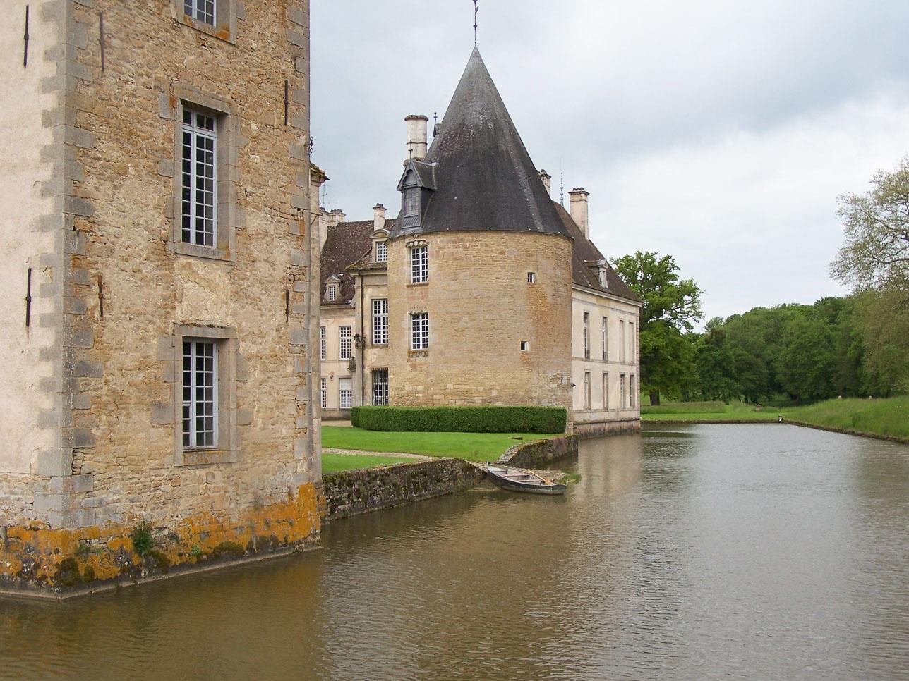 Châteaux et belles demeures de Bourgogne : Château de Commarin