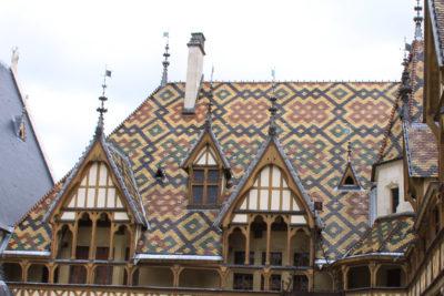 Hospices de Beaune toits décorés (2)