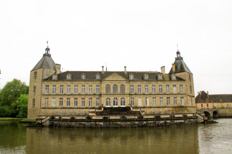 Châteaux et belles demeures de Bourgogne : Château de Sully (2)