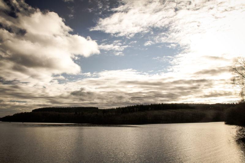 Lac de Saint Agnan coté barrage