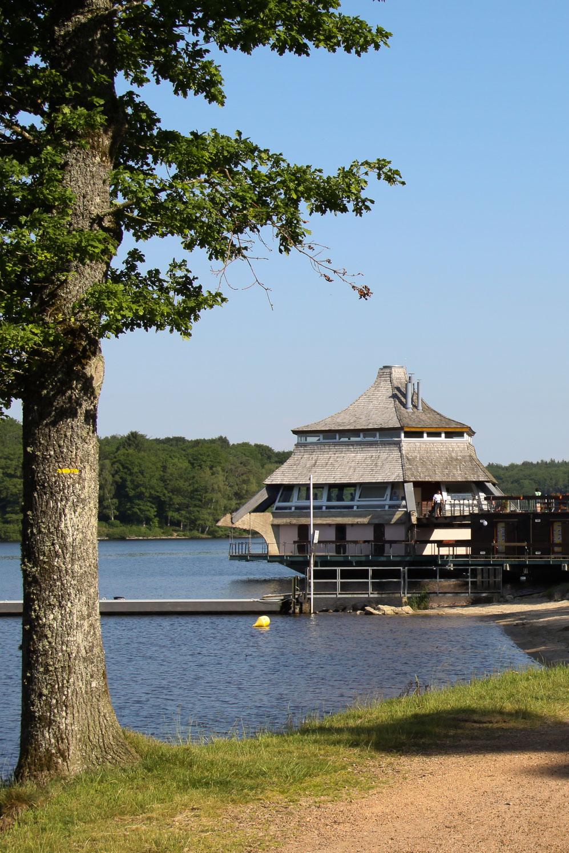 Lac des Settons : la pagode