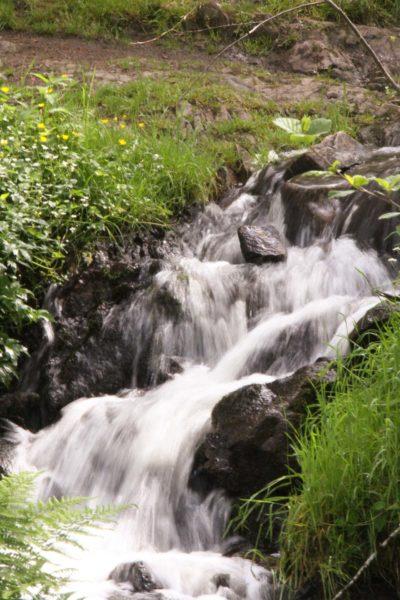 Eaux vives Morvandelles : Petite cascade à Gouloux