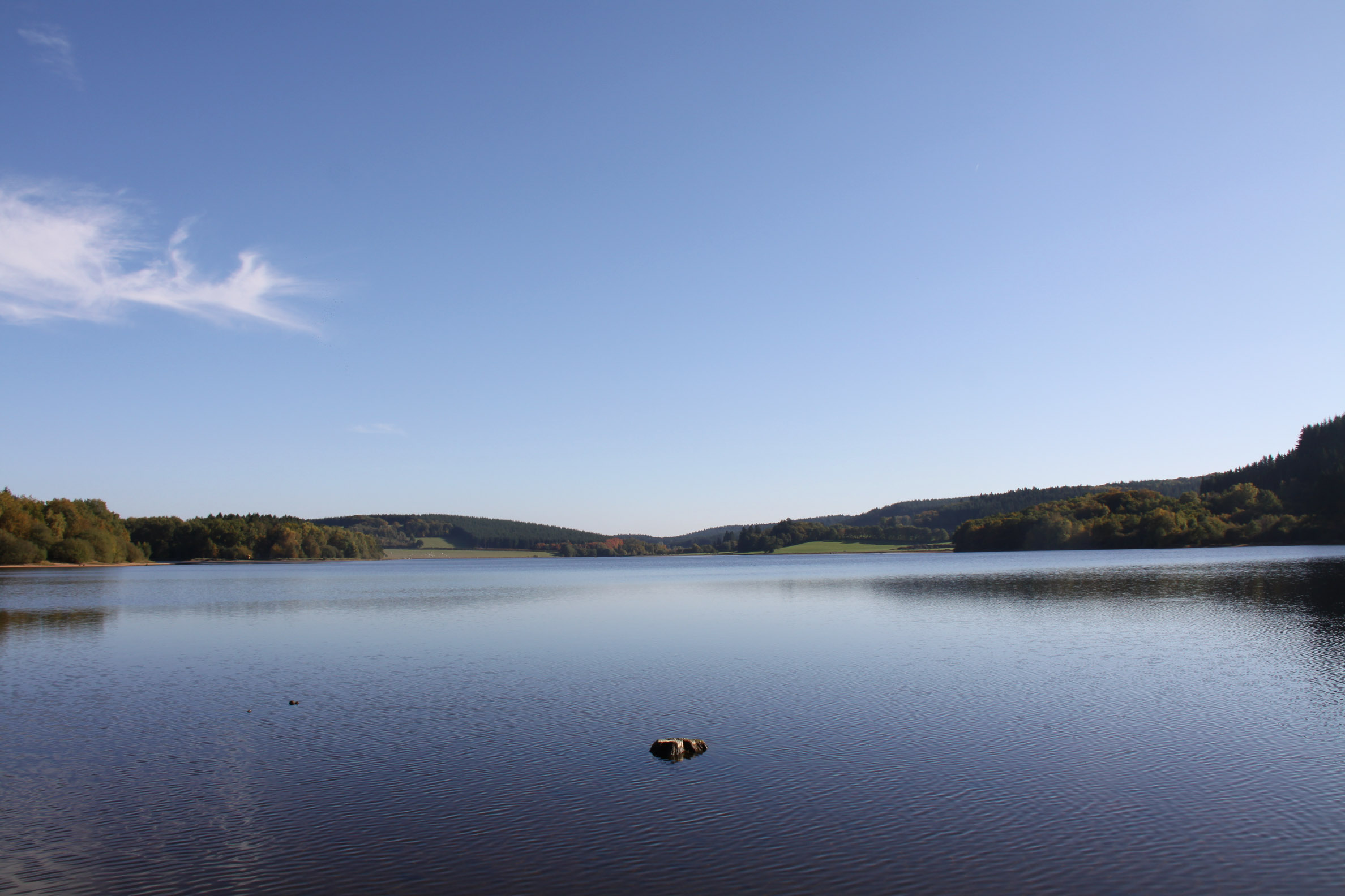 Lac de Saint-Agnan vu de la D226